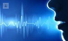 tratamiento de nodulos en las cuerdas vocales
