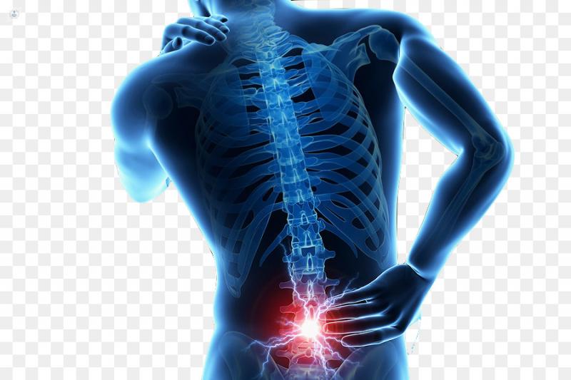 dolor de espalda baja y entumecimiento de piernas y pies